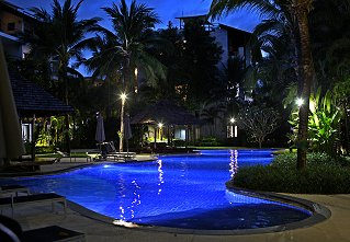 Night views of the main pool